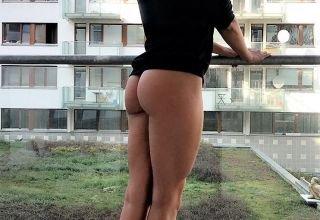 belle voisine sexy au balcon
